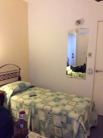 Hotel Bulevar: cuarto