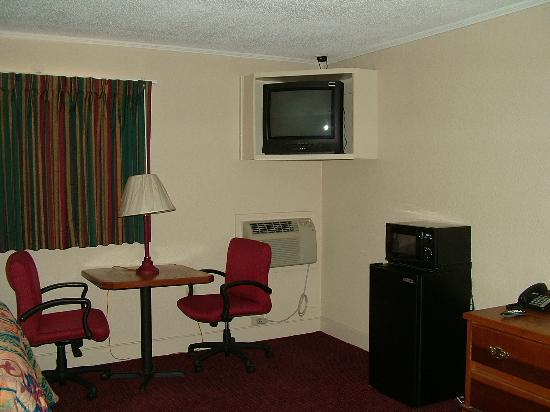 Pictures of Budget Inn Monroe - Monroe Photos - Tripadvisor