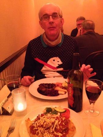Piccolos Italian restaurant: Saturday night dinner at Piccolos