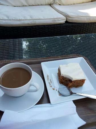Cafe Valvet