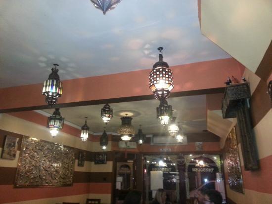 Tarboush Lebanese & Mediterranean Cuisine: Lights