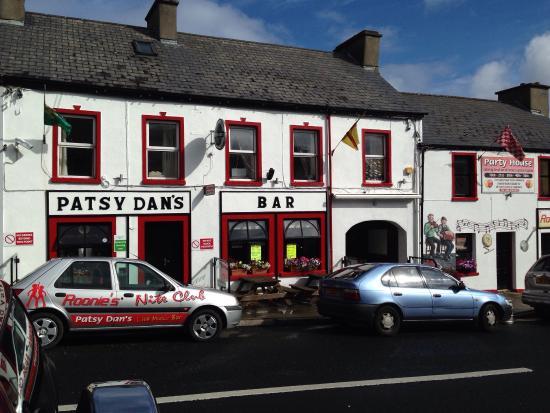 Patsy Dan's Pub: Great craic here