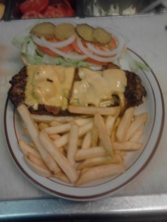 Bacon Cheeseburger Bjs Restaurant Ontario Oregon Picture Of Djs