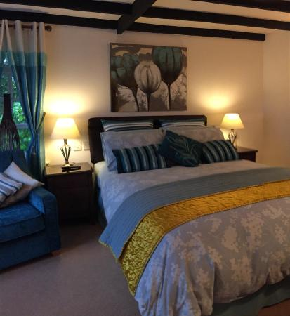 Cottage Bed and Breakfast: Treat yourself