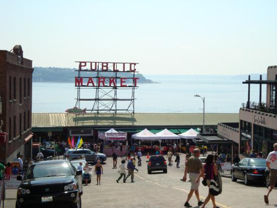 Fish market picture of pure food fish market seattle for Fish market seattle