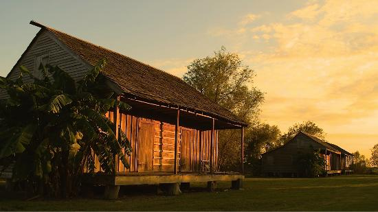 Edgard, LA: Slave Cabin at Sunset