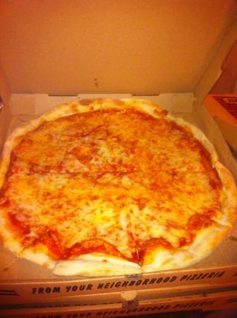 Bizzarro's Famous NY Pizza: Pretty good Neopolitan