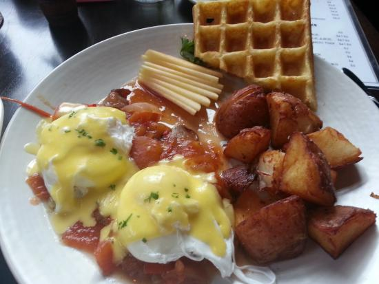 Babica Hen Cafe - Dundee: Smoked Tomato Benedit with Gluten Free Waffle