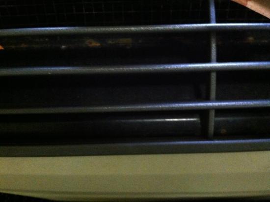 Rodeway Inn: Vent on heater
