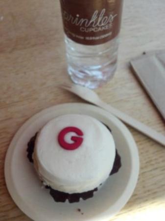Sprinkles cupcakes: Cupcakes