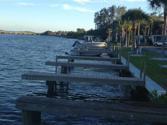 Turtle Bay Condos: Neighbor Docks