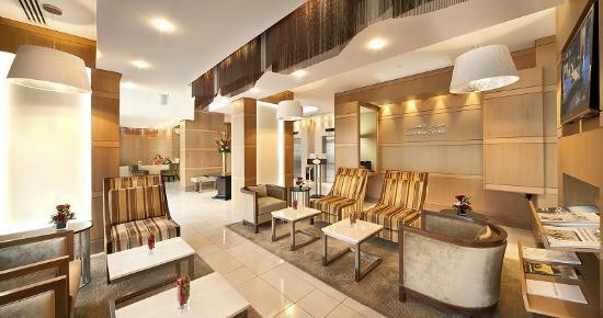 Oaks Liwa Executive Suites - Lobby