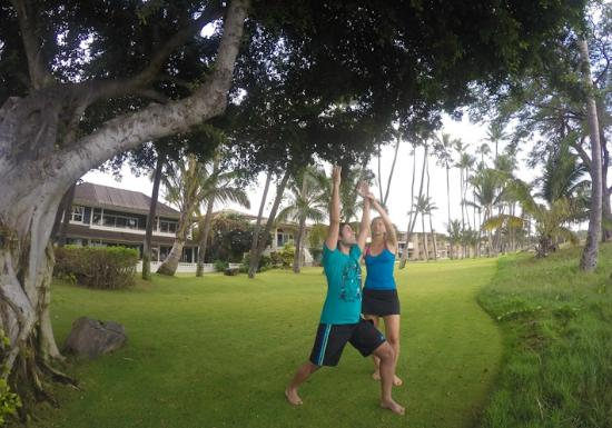 Makena Paddle Tours: Yoga by the beach, with Alex