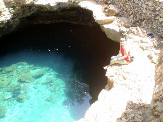 Donggala, Indonesien: Kolam alam yang indah