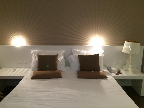 Light Guest House B&B: Camera letto