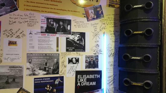 Les Trois Petits Points : Autographes des concerts