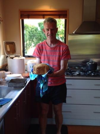 Ribbonwood Retreat : Jo's home made bread.