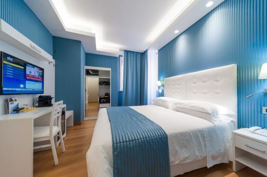 تريفي 41 هوتل: Superior Room