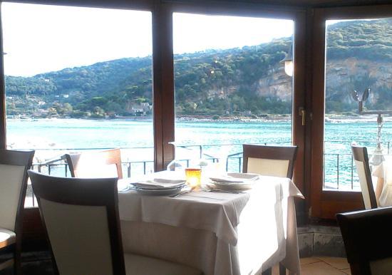 Vista panoramica sul mare dal ristorante - Picture of Ristorante ...