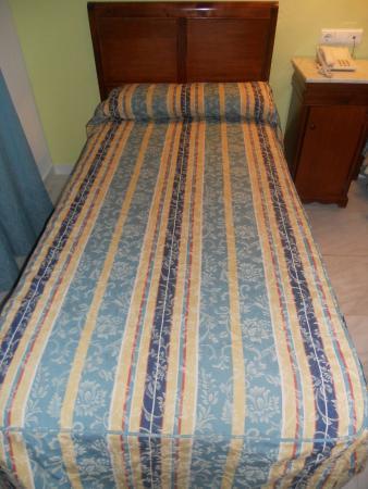 Maestre : La cama