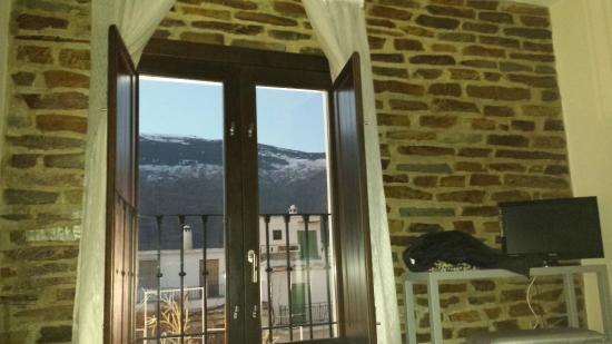 Hotel Rural Real de Poqueira: Vistas desde la cama