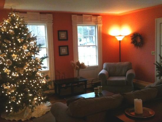 Eddington House Inn: Christmas at the Eddington House