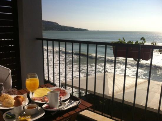 Regina Maria Spa Design Hotel: Breakfast on the terrace