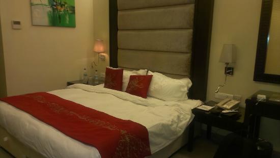 Goldfinch Hotel Mumbai: Interiors