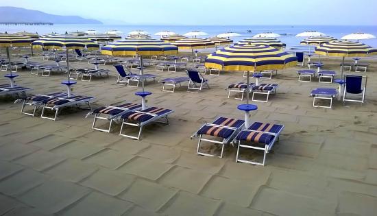 La nostra Spiaggia - Picture of Hawaii Beach, Follonica - TripAdvisor