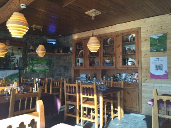 Balcon del Pirineo: Restaurante