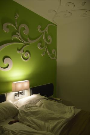 Kings Green Hotel: The room