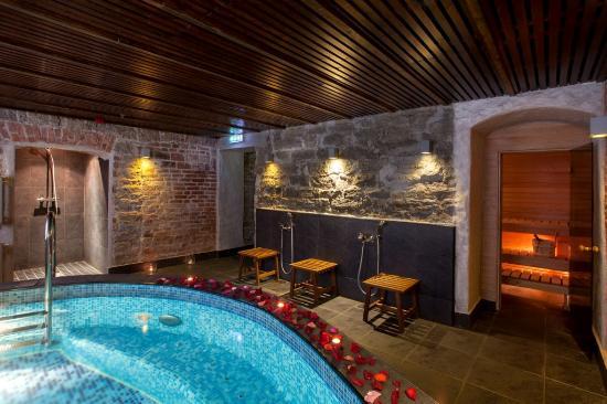 von Stackelberg Hotel Tallinn: Sauna with japanese pool
