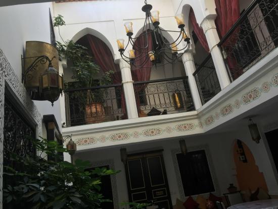 Riad Ain Marrakech : View from courtyard