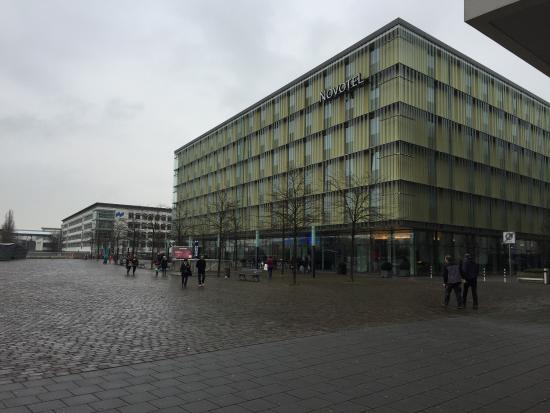 Novotel München Messe: View from the shops