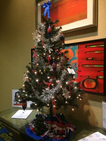 Hilton University of Florida Conference Center Gainesville: Gator Christmas tree