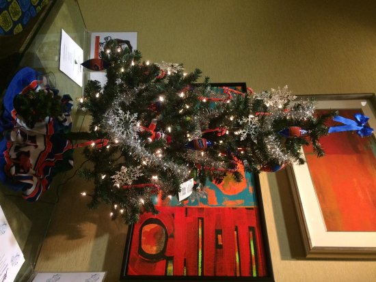 Hilton University of Florida Conference Center Gainesville : Gator Christmas tree