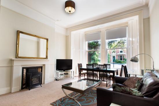 Victoria Apartments: 2 Bedroom Apt - Living Room
