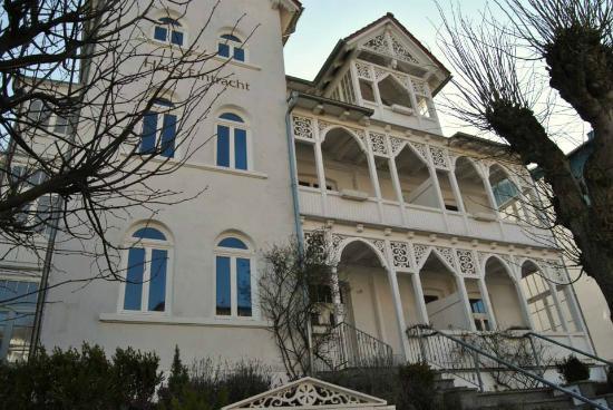 Haus eintracht sellin tyskland omd men och for Apartments haus eintracht sellin