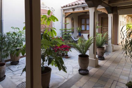 Hotel Posada El Zaguán: Internal courtyard