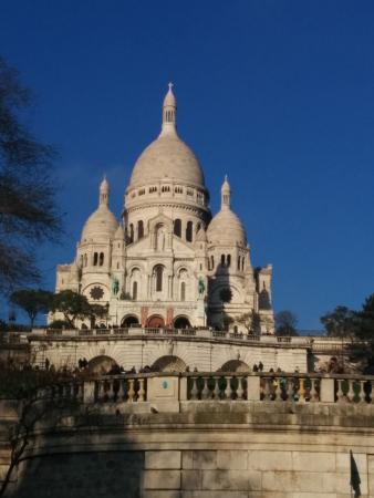 basilica du sacre coeur de montmartre a must see in paris - Paris Must See