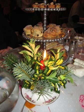 Gluttons For Nourishment: Gorgeous homemade scones