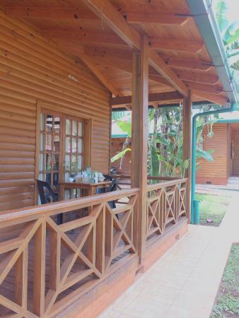 Cabanas Paseo del Yacaratia
