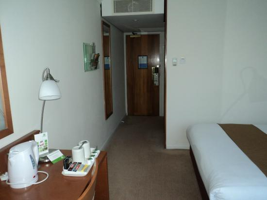 Holiday Inn Peterborough West: Room