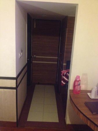 Hotel Shiva Continental: room