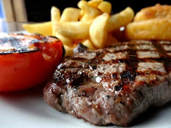 The George at Nunney: The George steak night special