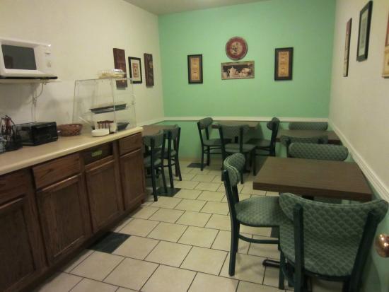 Welcome Inn: Breakfast Room