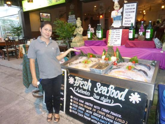 The Thaï Restaurant Anong: good selection of fresh fis here