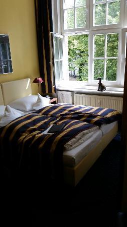 Hotel Wagner im Dammtorpalais: Die Betten haben wir selbst durcheinander gebracht.....;)