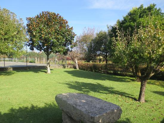 Cardielos, Portugal: Jardim