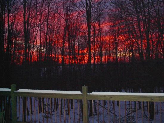 Locust Brook Lodge Bed & Breakfast: Winter sunset